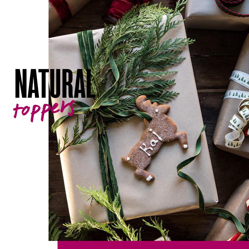 Envolturas de regalos de navidad - Regalo con natural toppers | Fuente: Google Images