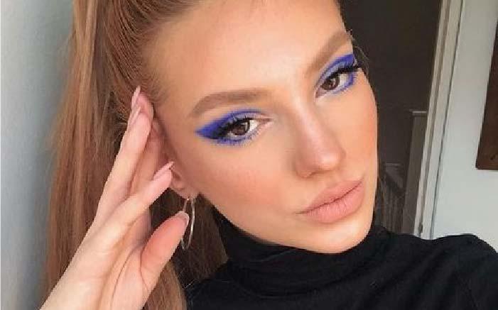 Cyblog_Mayo_26_20-ideas-de-maquillaje-azul_01-05